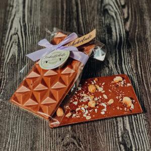Vollmilch – mit Nussmischung, Schokoladentafel